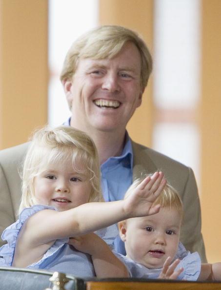 North Holland「Japanese Royal Family During A Photocall At Dutch Royal Palace」:写真・画像(1)[壁紙.com]