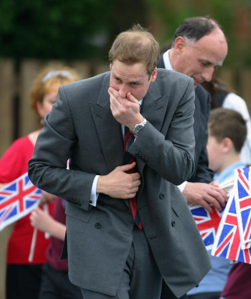 Prince - Royal Person「Prince William Visits St Aidan's Primary School」:写真・画像(13)[壁紙.com]