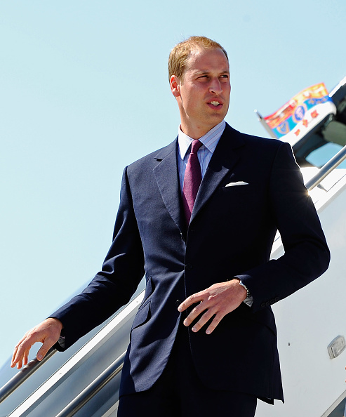 LAX Airport「The Duke And Duchess Of Cambridge Arrive At LAX International Airport」:写真・画像(1)[壁紙.com]