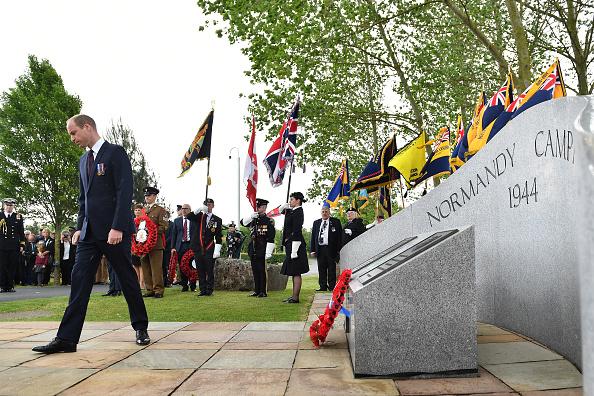 William D「Duke Of Cambridge Attends D-Day Commemoration Service In Staffordshire」:写真・画像(6)[壁紙.com]