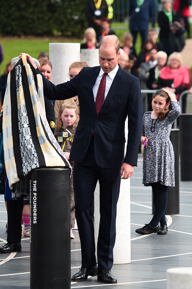 ヒューマンインタレスト「The Duke Of Cambridge Visits Milton Keynes On The 50th Anniversary Of The City」:写真・画像(3)[壁紙.com]