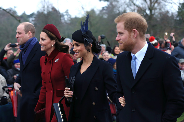 Sussex「The Royal Family Attend Church On Christmas Day」:写真・画像(15)[壁紙.com]