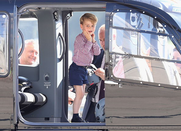 Three People「The Duke And Duchess Of Cambridge Visit Germany - Day 3」:写真・画像(16)[壁紙.com]