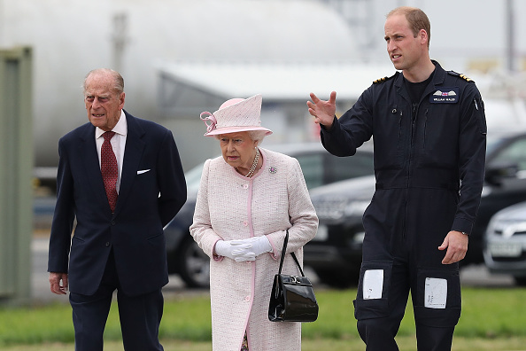 New「The Queen And Duke Of Edinburgh Open New East Anglian Air Ambulance Base At Cambridge Airport」:写真・画像(16)[壁紙.com]