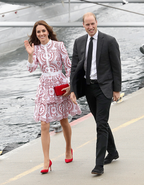 Red「2016 Royal Tour To Canada Of The Duke And Duchess Of Cambridge - Vancouver, British Columbia」:写真・画像(14)[壁紙.com]