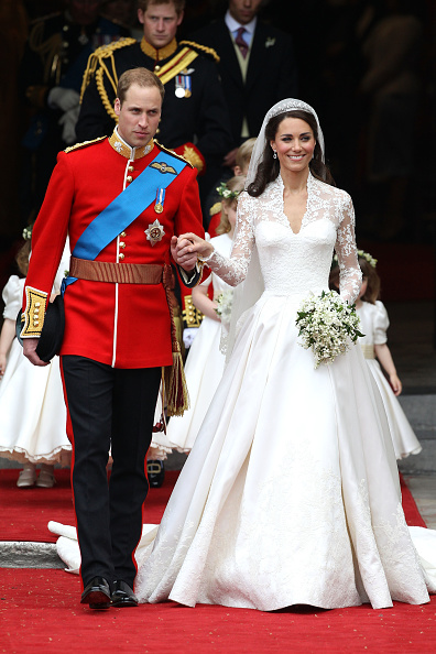 Wedding Dress「Royal Wedding - Carriage Procession To Buckingham Palace And Departures」:写真・画像(19)[壁紙.com]