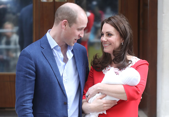 Royalty「The Duke & Duchess Of Cambridge Depart The Lindo Wing With Their New Son」:写真・画像(12)[壁紙.com]
