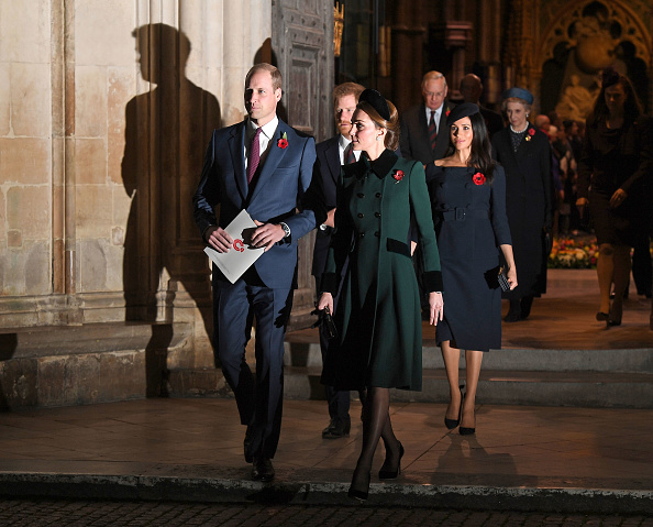 William S「The Queen Attends A Service At Westminster Abbey Marking The Centenary Of WW1 Armistice」:写真・画像(7)[壁紙.com]