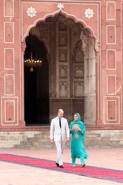 Pakistan「The Duke And Duchess Of Cambridge Visit The North Of Pakistan」:写真・画像(18)[壁紙.com]