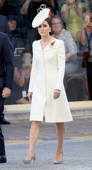 White Color「Members Of The Royal Family Attend The Passchendaele Commemorations In Belgium」:写真・画像(4)[壁紙.com]