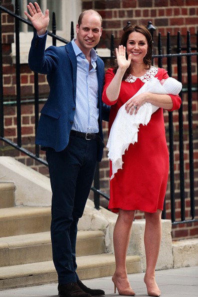 Duchess「The Duke & Duchess Of Cambridge Depart The Lindo Wing With Their New Son」:写真・画像(18)[壁紙.com]