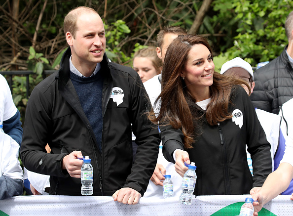 Hand「The Duke & Duchess Of Cambridge And Prince Harry Attend The Virgin Money London Marathon」:写真・画像(13)[壁紙.com]