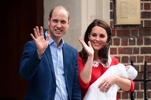 ベストオブ「The Duke & Duchess Of Cambridge Depart The Lindo Wing With Their New Son」:写真・画像(16)[壁紙.com]