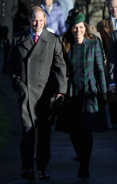 King's Lynn「The Royal Family Attend Christmas Day Service At Sandringham」:写真・画像(3)[壁紙.com]
