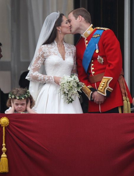 Grace van Cutsem「Royal Wedding - The Newlyweds Greet Wellwishers From The Buckingham Palace Balcony」:写真・画像(9)[壁紙.com]