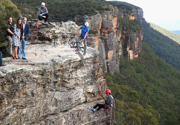 Rappelling「The Duke And Duchess Of Cambridge Tour Australia And New Zealand - Day 11」:写真・画像(5)[壁紙.com]