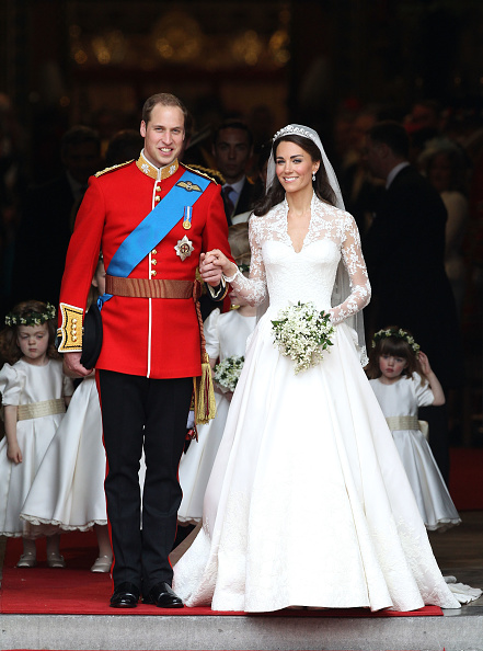 White Color「Royal Wedding - Carriage Procession To Buckingham Palace And Departures」:写真・画像(17)[壁紙.com]