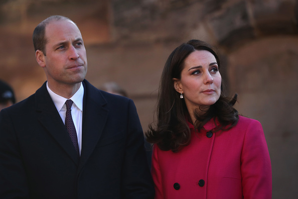 Waist Up「The Duke and Duchess Of Cambridge Visit Coventry」:写真・画像(15)[壁紙.com]