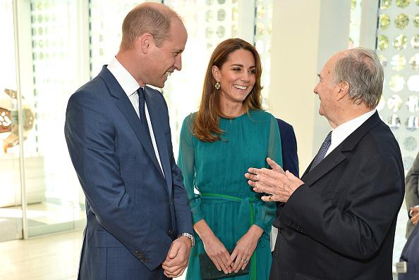 Visit「The Duke And Duchess Of Cambridge Visit The Aga Khan Centre」:写真・画像(15)[壁紙.com]