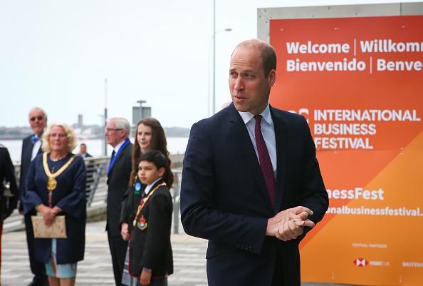 ヒューマンインタレスト「The Duke Of Cambridge Visits Liverpool」:写真・画像(5)[壁紙.com]