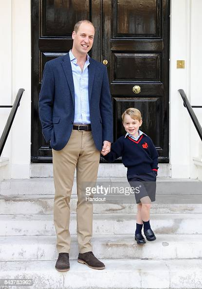Prince George of Cambridge「Prince George Attends Thomas's Battersea On His First Day At School」:写真・画像(7)[壁紙.com]