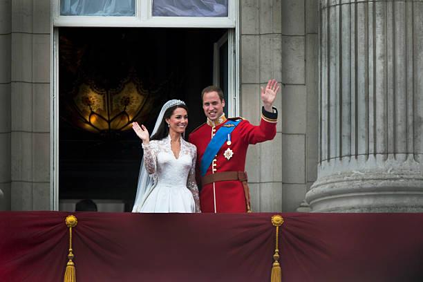 Royal Couple On Balcony:ニュース(壁紙.com)