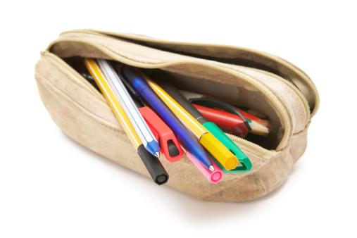 Pen「Leather Pencil Case」:スマホ壁紙(17)