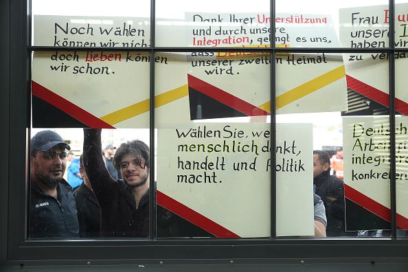Photography「Merkel Campaigns In Wismar」:写真・画像(10)[壁紙.com]