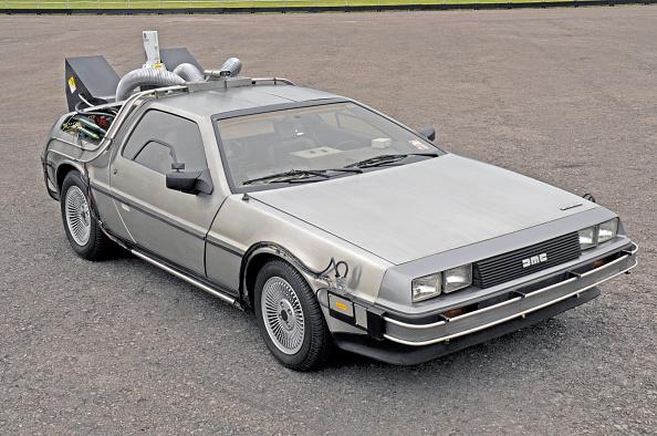Movie「1981 DeLorean Back to the Future film car replica」:写真・画像(14)[壁紙.com]