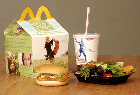 Chicken Salad「Bay Area McDonald's Launch The Giving Meal」:写真・画像(12)[壁紙.com]