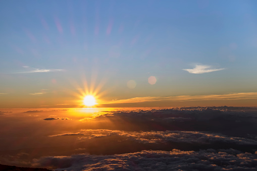 Sunbeam「USA, Hawaii, Big Island, Haleakala National Park, sunset」:スマホ壁紙(11)