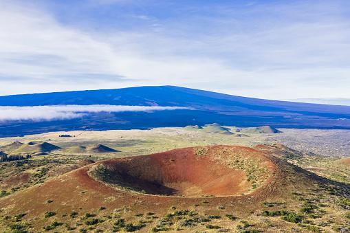 Active Volcano「USA, Hawaii, Big Island, extinct volcano at Mauna Kea State Park」:スマホ壁紙(4)