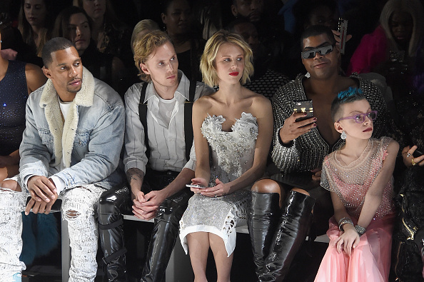 Awe「The Blonds - Front Row - February 2019 - New York Fashion Week: The Shows」:写真・画像(17)[壁紙.com]