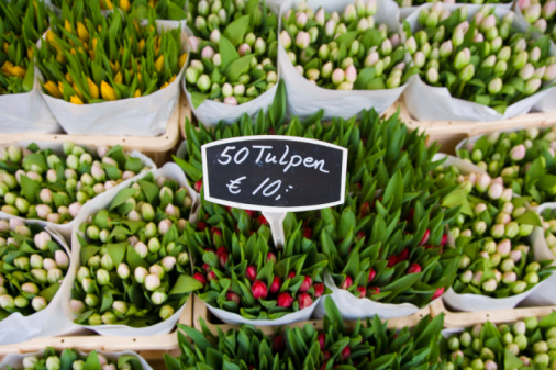Market Stall「Tulips for sale in market, elevated view」:スマホ壁紙(13)