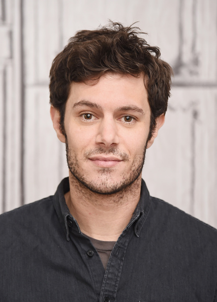 アダム・ブロディ「BUILD Series Presents Adam Brody Discussing His New Crackle Scripted Drama 'StartUp'」:写真・画像(1)[壁紙.com]