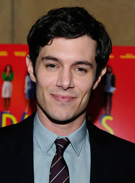 "Adam Brody「Premiere Of Sony Pictures Classics' ""Damsels In Distress"" - Red Carpet」:写真・画像(16)[壁紙.com]"