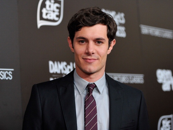 Adam Brody「Premiere Of Sony Pictures Classics' 'Damsels In Distress' - Red Carpet」:写真・画像(9)[壁紙.com]