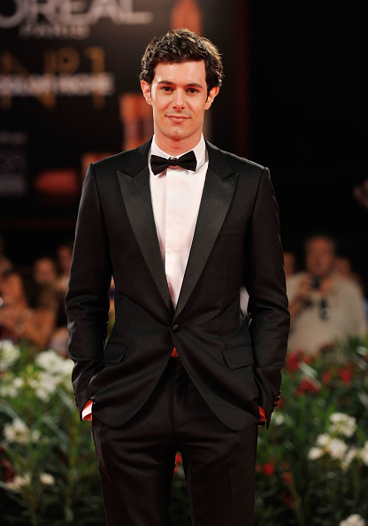 Adam Brody「'Damsels In Distress' Premiere and Closing Ceremony Arrivals - 68th Venice Film Festival」:写真・画像(19)[壁紙.com]