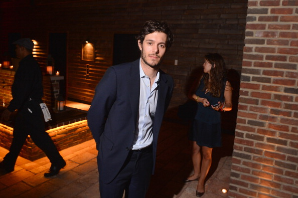 アダム・ブロディ「The Cinema Society And MCM With Grey Goose Host A Screening Of Radius TWC's 'Lovelace' - After Party」:写真・画像(17)[壁紙.com]