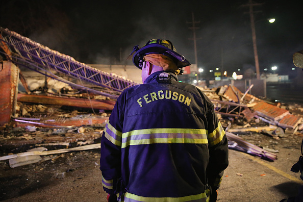 Missouri「Grand Jury Declines To Indict Officer In Ferguson Shooting Case」:写真・画像(10)[壁紙.com]
