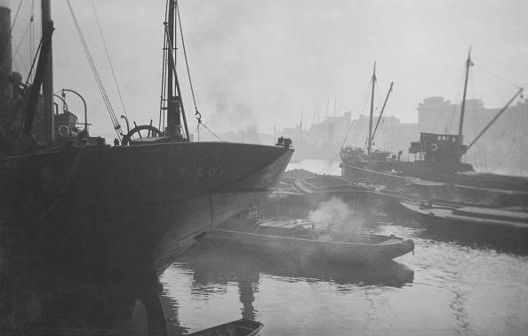 Construction Machinery「River Thames London Barges」:写真・画像(10)[壁紙.com]