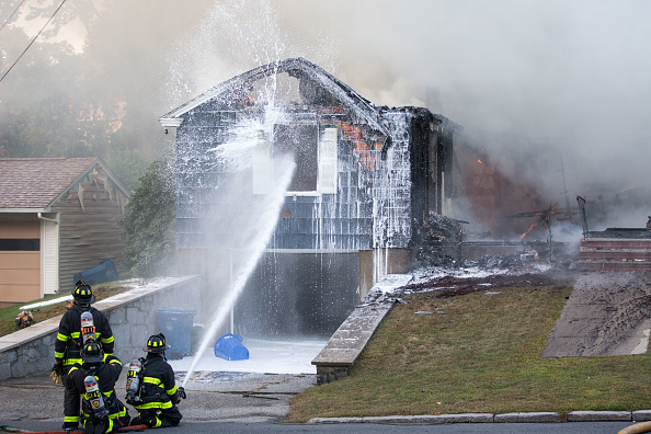 Exploding「Dozens Of Gas Explosions Rock Massachusetts Towns」:写真・画像(5)[壁紙.com]
