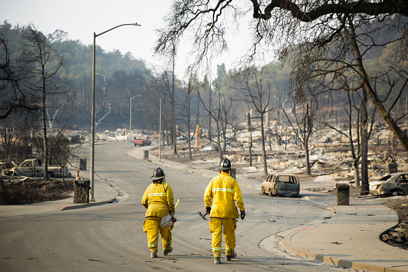 カリフォルニア州「Multiple Wildfires Continue To Ravage California Wine Country」:写真・画像(6)[壁紙.com]