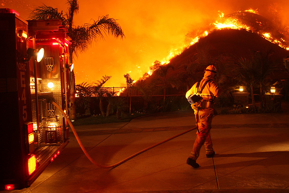 Southern California「Santa Ana Winds Stoke Another Wildfire in Southern California」:写真・画像(13)[壁紙.com]