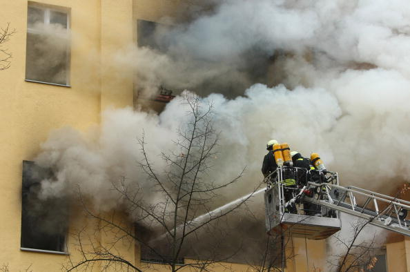 Apartment「Fire Scorches Berlin Apartment」:写真・画像(11)[壁紙.com]