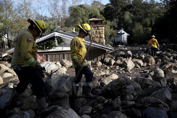 トップランキング「Mudslides Kill Over 10 People In Montecito, Where Wildfire Scorched Hillside」:写真・画像(4)[壁紙.com]