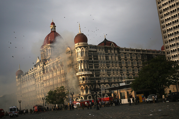 Terrorism「Militants Overcome As Siege Ends In Mumbai」:写真・画像(8)[壁紙.com]