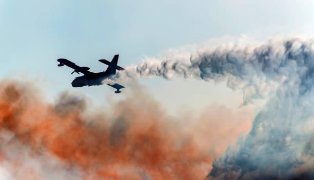 Firefighter Airplane:スマホ壁紙(壁紙.com)