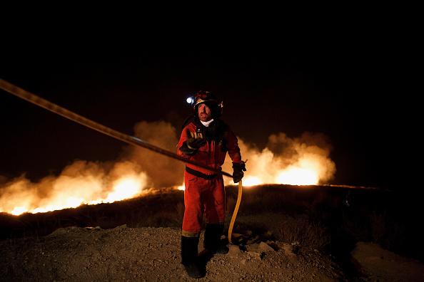 Environmental Damage「Wildfire On Spanish Coast」:写真・画像(7)[壁紙.com]
