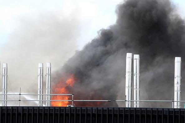 Auckland「Smoke Blankets Auckland CBD As Fire Burns At SkyCity Convention Centre」:写真・画像(18)[壁紙.com]